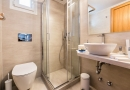 panos_bathrooms-12