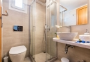 panos_bathrooms-16