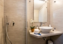 panos_bathrooms-2
