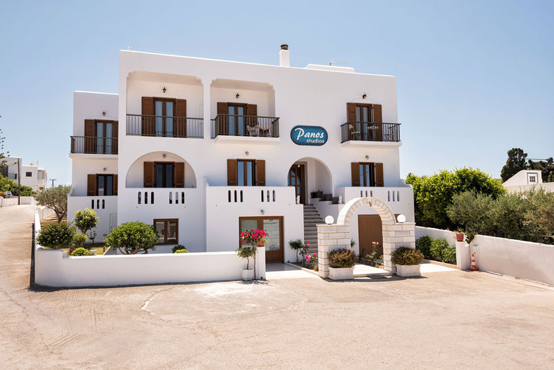 Offers all year round for Panos Studios in Paros