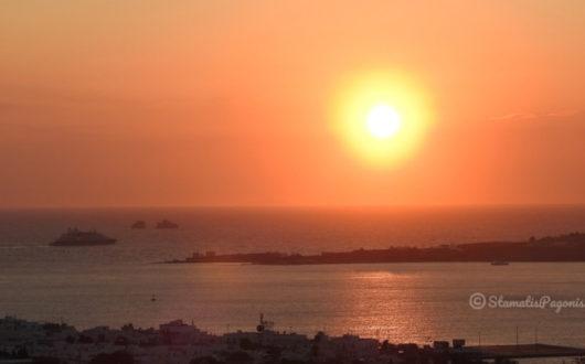 The sunset in Parikia of Paros